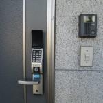 玄関ドア・電子ロックキー、インターホン付(玄関)